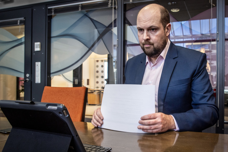 Tokiossa Tiede- ja kulttuuriministeriön valtiosihteeri Tuomo Puumala (kesk.) toivoo ehtivänsä katsomaan mahdollisimman paljon suomalaissuorituksia.
