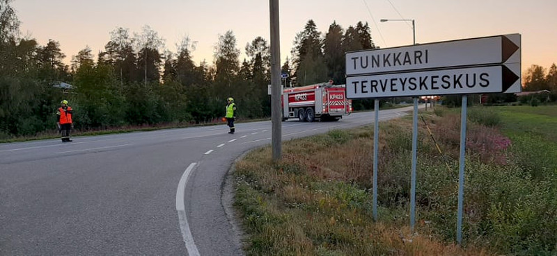 Liikenne ohjattiin Järvelä kautta tien 13 ollessa poikki.