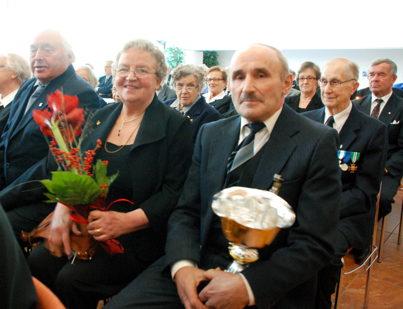 Sanelma ja Eero Karhu kuvattuna itsenäisyyspäivän juhlassa vuonna 2012.