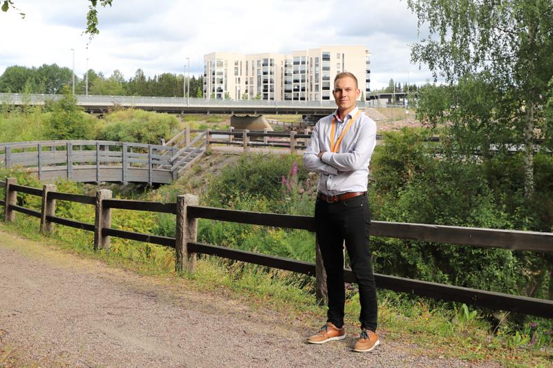 Jokivarren kerrostalojen asunnon ovat kysyttyjä myynti- ja vuokramarkkinoilla. Huoneistokeskuksen myyntineuvottelija Asla Ohtamaa arvioi, että palvelujen läheisyys ja jokimiljöö lisäävät kohteen kiinnostavuutta.
