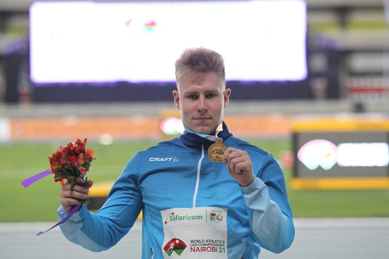 Se on siinä. Janne Läspä sai kultamitalinsa perjantai-iltana.