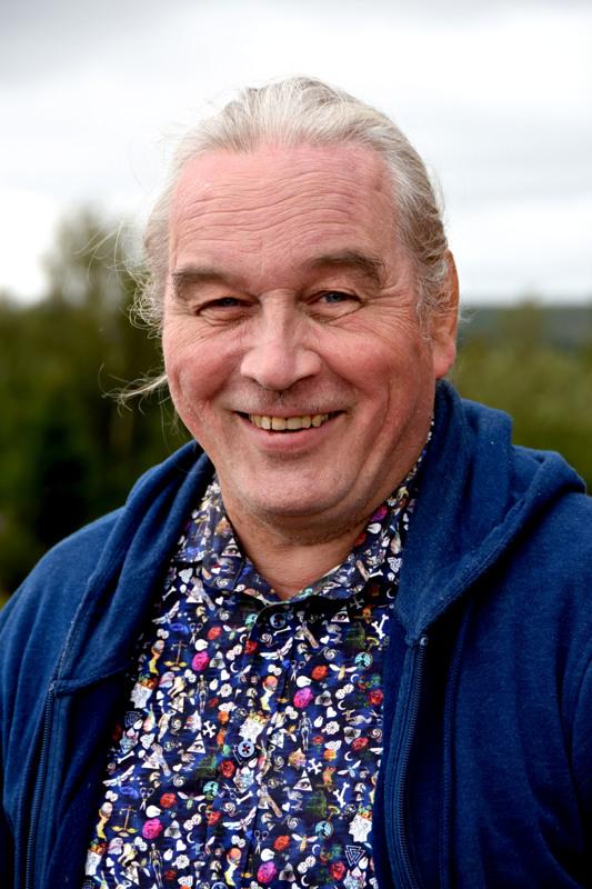 Kirjoittaja on Mieluskylältä lähtöisin oleva Kansanmusiikki-lehden päätoimittaja ja kurkkulaulaja.