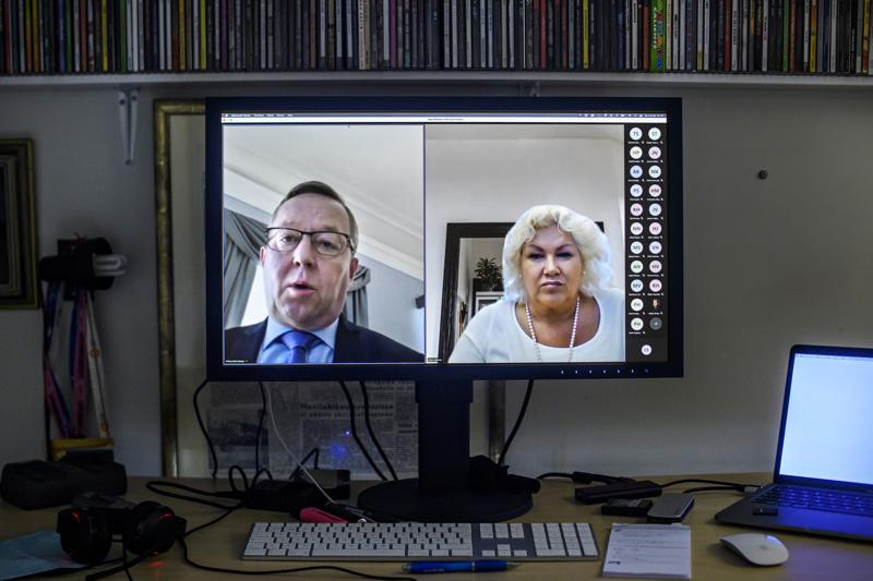 Elinkeinoministeri Mika Lintilä oli mukana Keski-Pohjanmaan Yrittäjien pk-barometrin julkaisutilaisuudessa, jonka avasi toimitusjohtaja Mervi Järkkälä.