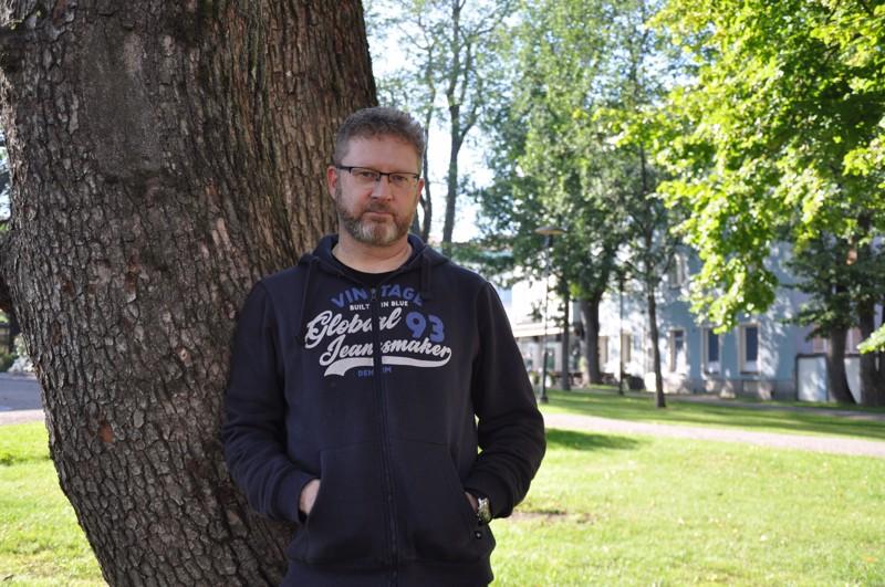 Jani Honkaselkä viihtyy luonnossa. Hän iloitsee, että Kokkola tarjoaa hyviä kohteita.