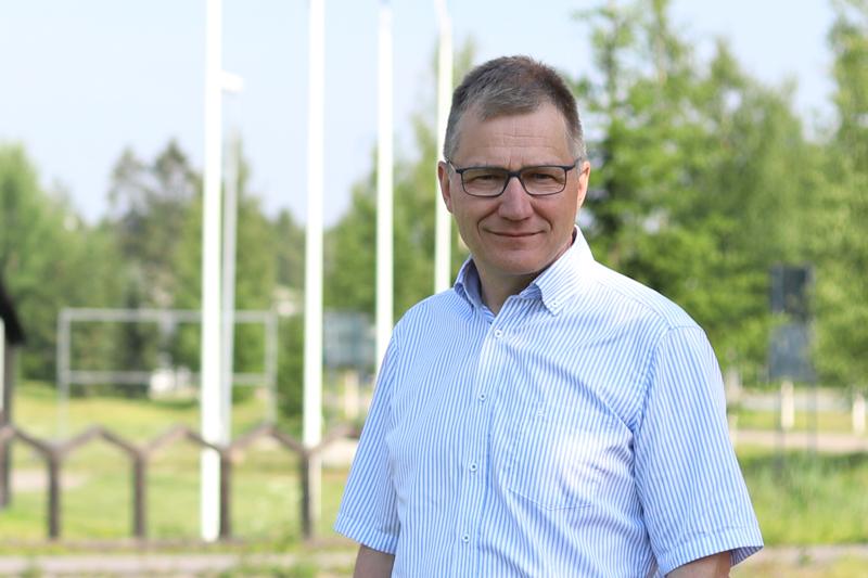 Kärsämäen kunnanjohtaja Esa Jussila sanoo, että positiivista tulosta tekevä Kärsämäki haluaa uusia asukkaita kuntaan, jossa on työtä ja siksi asuntorakentamista ja erilaisia vaihtoehtoja halutaan lisätä.