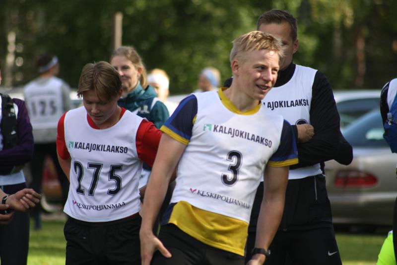 Tero Linnainmaa (nro 3) kohensi Törmälän polkujen reittiennätyksen uusiin lukuihin.