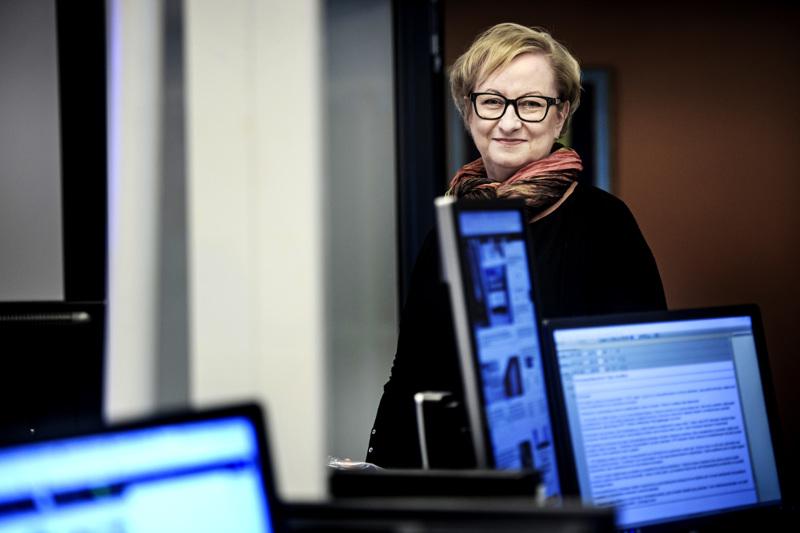 KPK Yhtiöiden sisältöjohtaja Tiina Ojutkangas kertoo jutussa, miten koronauutisointi muuttuu yrityksen lehdissä.