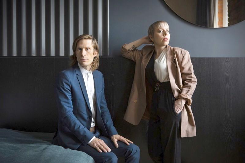 Aili Järvelä duetoi Matti Johannes Koivun kanssa uudella singlellään.
