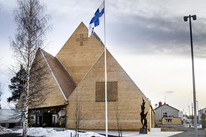 Ylivieskan uusi kirkko vihittiin käyttöön tämän vuoden huhtikuussa.