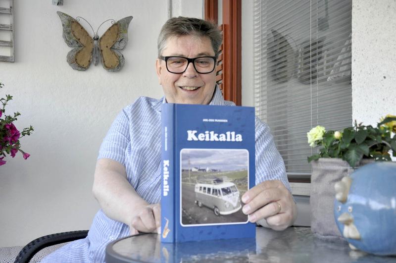 Jarski Paananen julkaisi Keikalla-kirjan vuonna 2017.