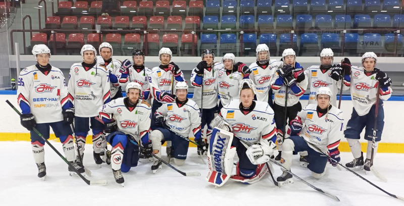 JHT Akatemia osallistui viime lauantaina Ylivieskassa järjestettävään 3-divisioonan turnaukseen, jonka tuore joukkue voitti.