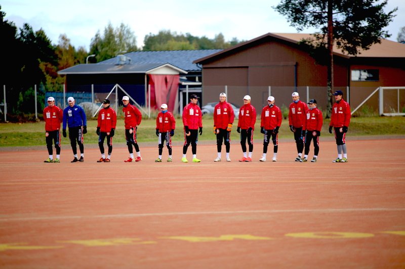 VePen pojat ottivat tiistaina voiton Kempeleen Kiristä. Välierien toinen ottelu pelataan torstaina Kempeleessä.