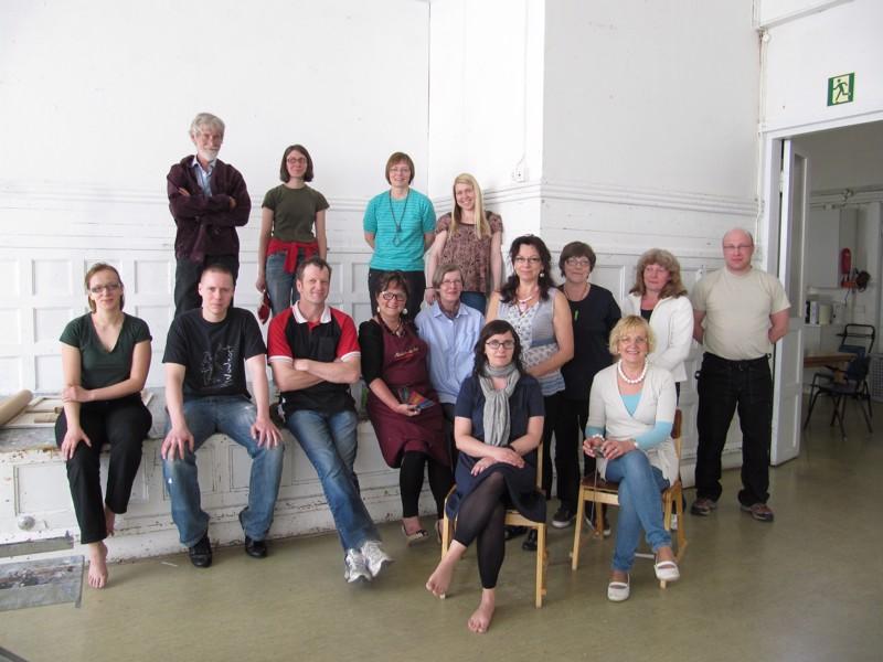 Pohjoismaisen taidekoulun aikuisryhmä toukokuussa 2010