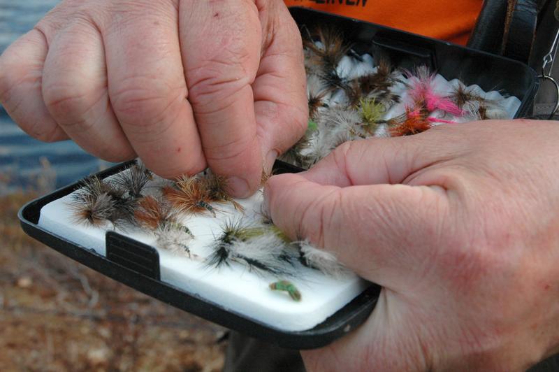 Sievin Ahvenlampi on suosittu kalastuskohde ja Kalle Lehtosen kirjoituksen aihe.