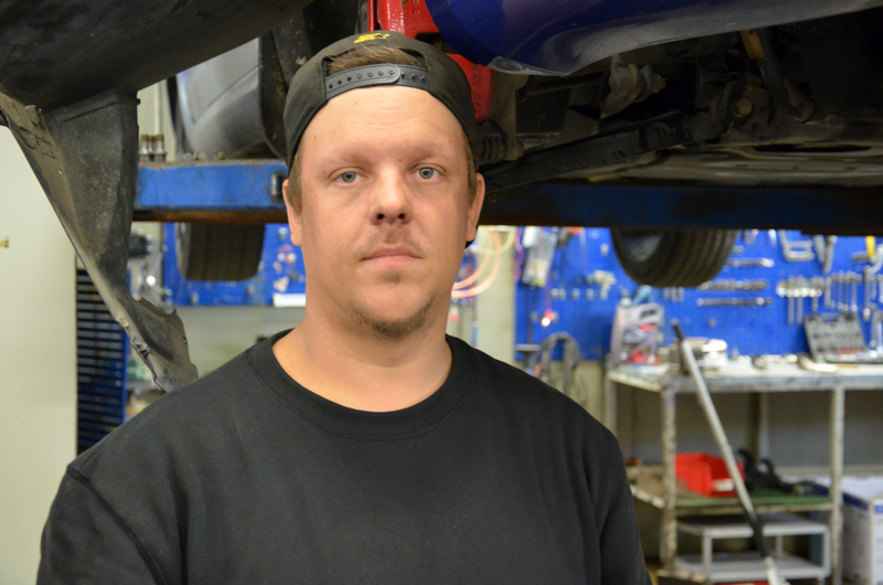 Toni Tervola aloitti autokorjaamoyrittäjänä.