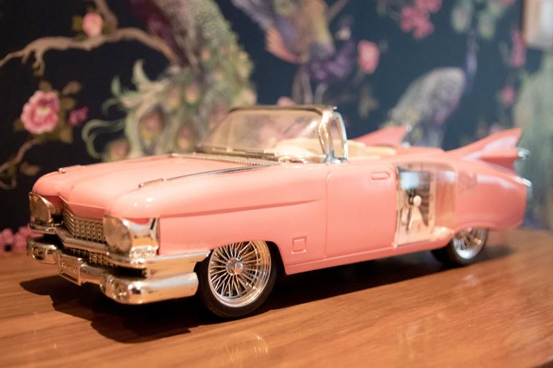 Cadillac-herätyskello on kulkenut Cecilian mukana lapsuudesta saakka.