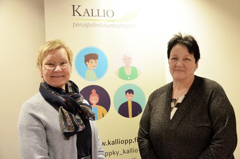 Peruspalvelukuntayhtymä Kallion johtaja Johanna Patanen on vahvasti mukana Pohjois-Pohjanmaan uuden                              hyvinvointialueen valmistelussa. Kallion henkilöstöpäällikkö Virpi Kamunen pyörittää eri yksiköiden palveluesihenkilöiden kanssa rekrytointirumbaa.