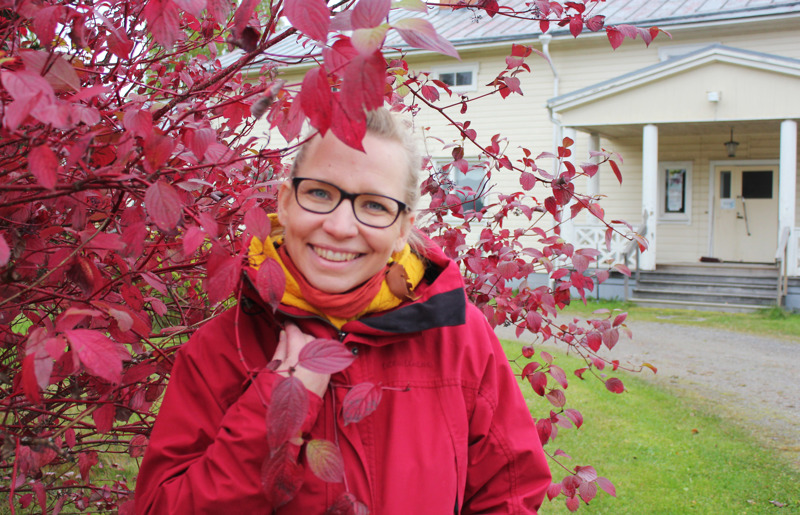 """Kattilakosken kulttuuriosuuskunnan uusi toiminnanjohtaja Heidi Kangaskokko on """"henkeen ja vereen kulttuuri-ihminen"""" ja koulutukseltaan kulttuurituottaja (AMK)."""