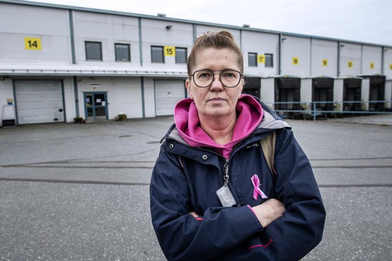 Logistiikkakeskuksen pääluottamusmies Arja Vakkuri on tyrmistynyt ketjun ehdotuksesta luopua talokohtaisesta luottamusmiesjärjestelmästä.