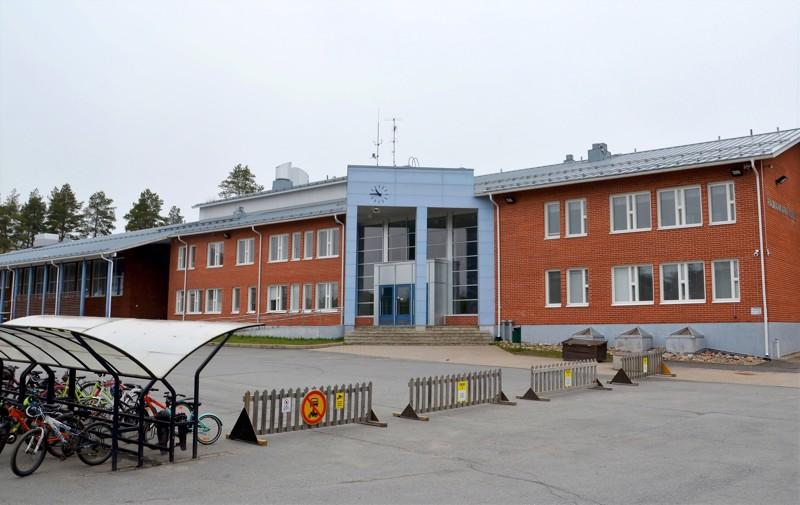 Mielipide. Kirjoittajan mielestä Raumankarin koululla nousee pintaan jatkuvasti kohtalaisen paljon tyytymättömyyttä ja huolta.