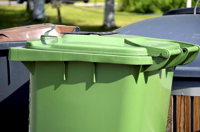 Omakotitalojen, taloyhtiöiden ja vapaa-ajan kiinteistöjen jätehuoltomaksut ovat nousemassa ensi vuodelle.