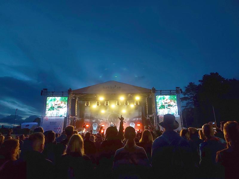 Tapahtumilla on iso merkitys matkailualalle sesongin ulkopuolella. Kuva Kokkolan Viinijuhlilta.