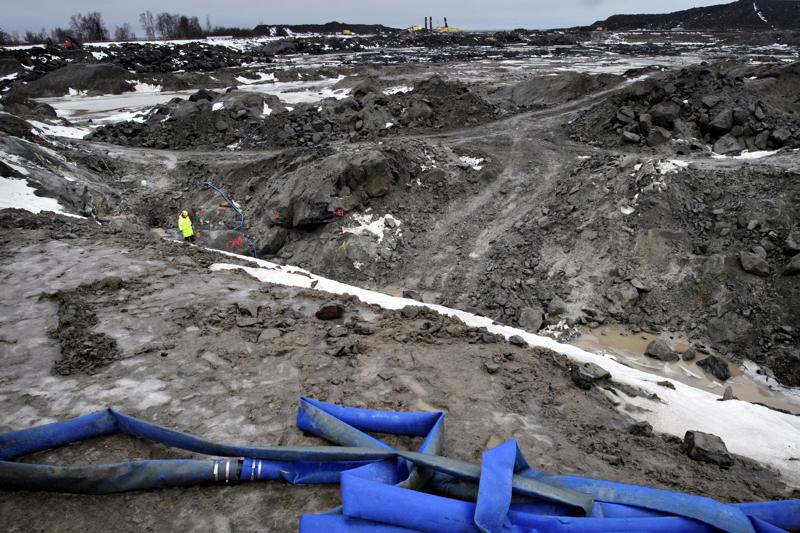 Ikuisuushanke?. Pyhäjoen Hanhikivellä ydinvoimalaitoksen valmistelevia töitä on tehty jo pitkään.