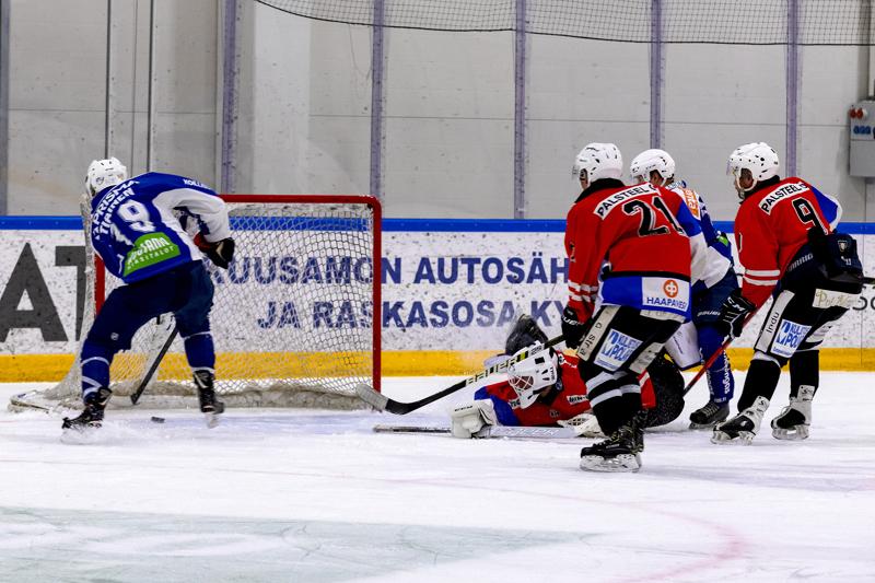 Vaikka jaot Kuusamossa olivat varsin epätasaiset, ei tämä Huskien tarjoama kunniakuja tuonut PaKa:lle toivottua lopputulosta.