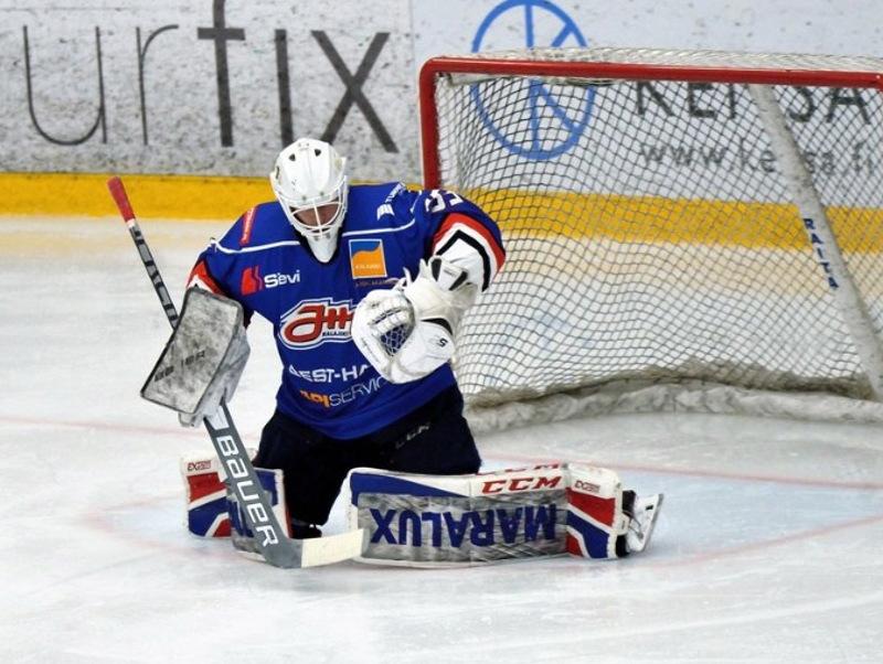 Jussi Siironen pelasi maalilla loistavan ottelun.