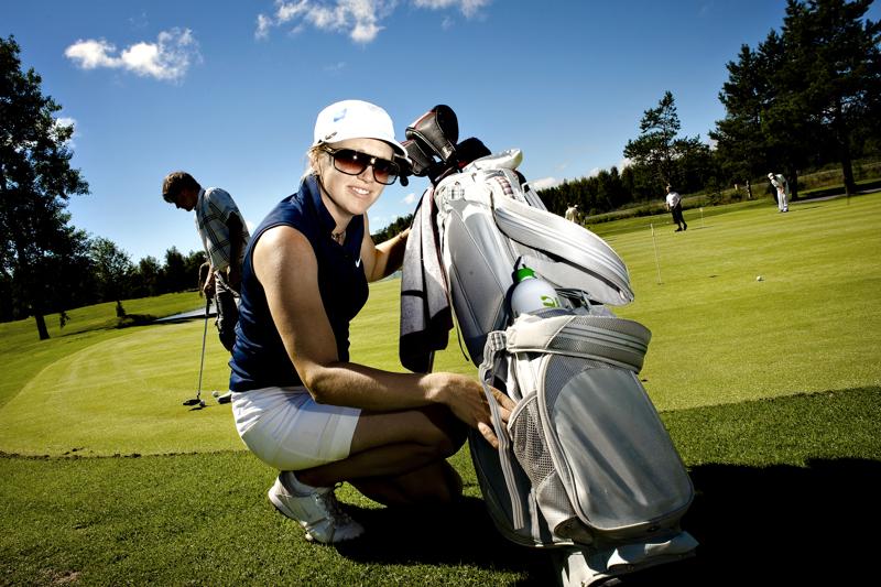 Nivala-lehden nimipäivä-Ursulan virkaa saa nyt pitää yllä golfari Ursula Vikström.