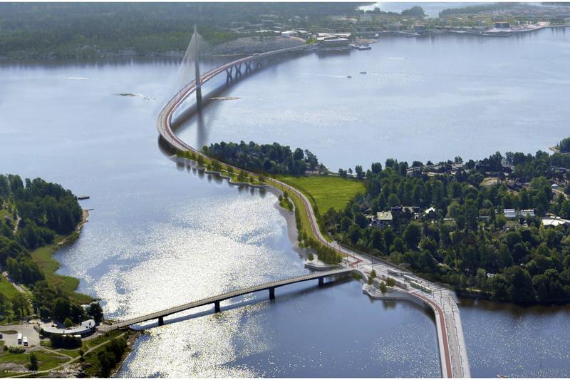 Kruunuvuoren silta lähtee Kruunuvuorenrannasta ja poikkeaa etualan Korkeasaaressa. Tämä silta on Suomen pisin ja kannatinpyloni keskellä siltaa maan korkein.