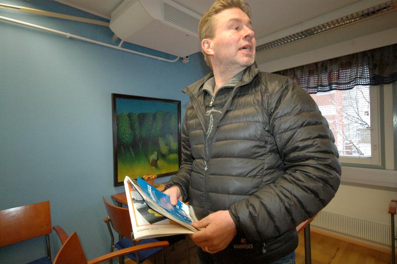 Juha Kärkkäinen kertoo lopettavansa poliittisten ja ihmisten yhteisiin asioihin liittyvien kannanottojen julkaisemisen.