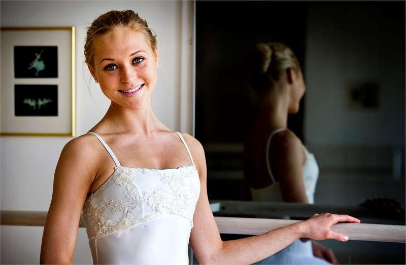 Kokkolalainen ballerina Minna Somero lähtee maailmalle
