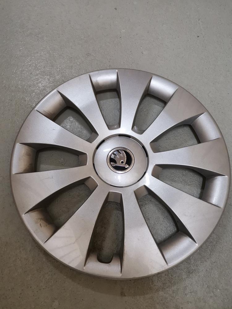Hubcap Tire And Wheel >> Regionline