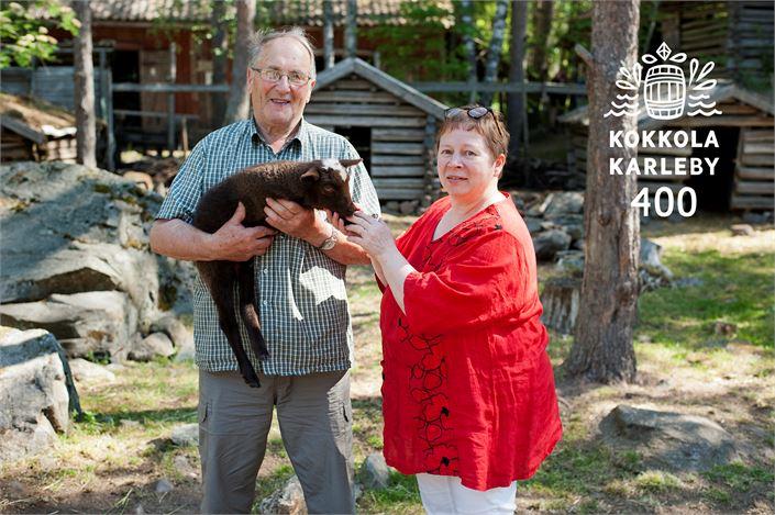 - Perheyritystä on pyöritetty vähällä lainalla ja paljolla omalla työllä, Matti Toivonen ja Merja Toivonen-Teräs sanovat.