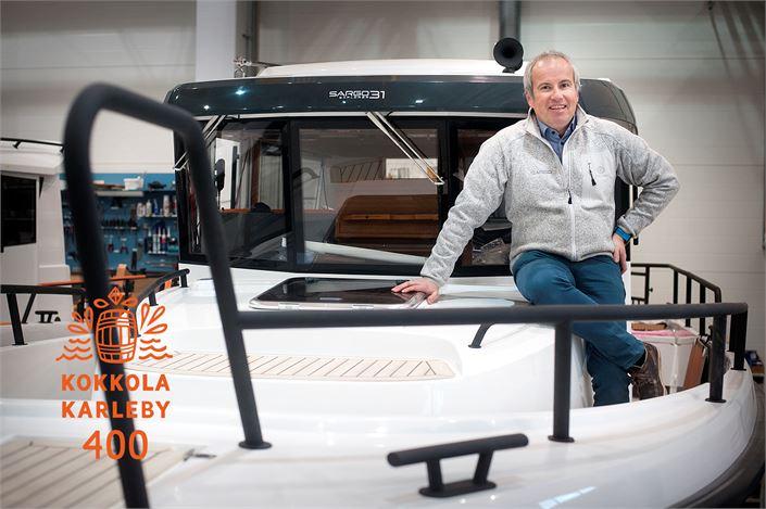 Sarins Båtar Oy Ab:n toimitusjohtaja Thomas Sarin uskoo, että tulevaisuudessa lisääntyy veneiden järkevä yhteiskäyttö.