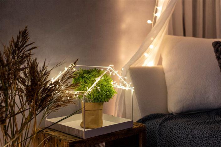 Hillityt valoketjut voi käyttää monessa paikassa luomaan tunnelmaa.