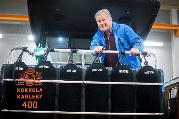 Kovassa kansainvälisessä kilpailussa pärjää laadukkailla ja yksilöllisillä premium-veneillä, sanoo Linex-Boat Oy:n toimitusjohtaja Olli Lindkvist.
