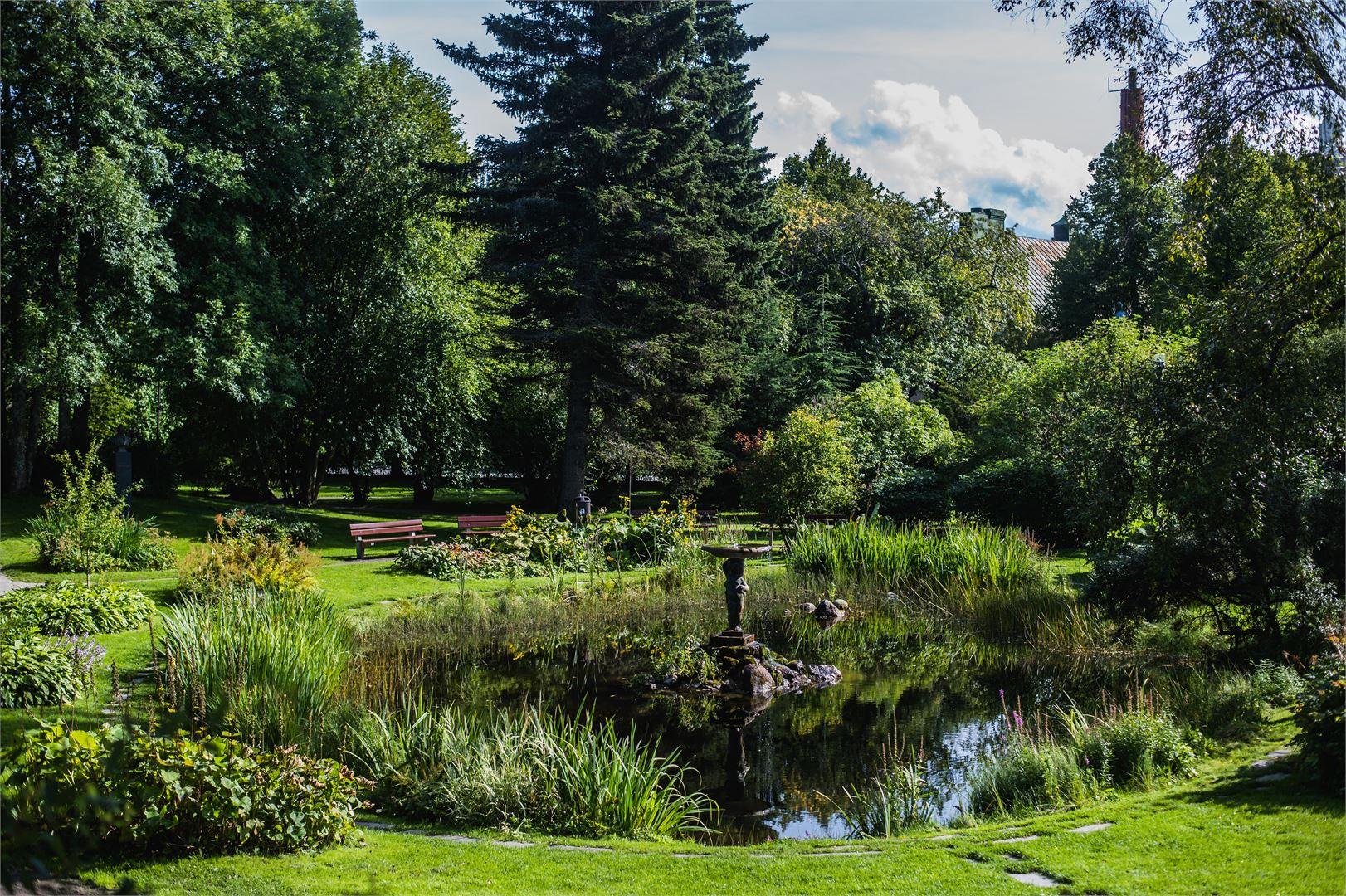 Suomen sympaattisin puisto Koulupuisto on säilyttänyt nykyisen muotonsa jo yli sata vuotta.